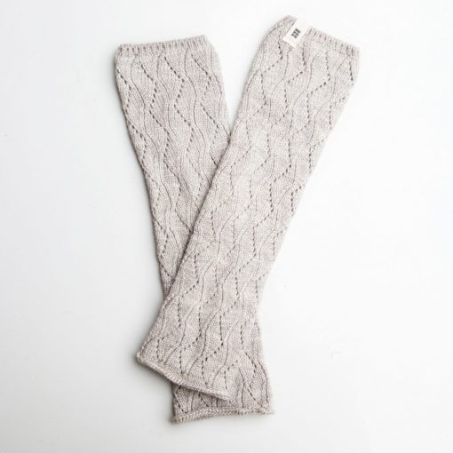 Greensleeves Mitts, Dove