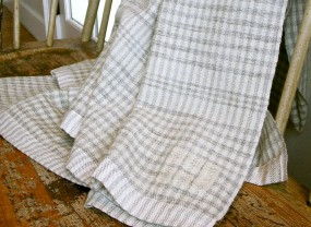 Swans Island Grey with White Checks Throw